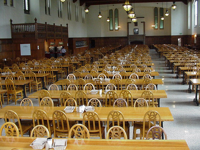 University of notre dame programming venues for U of t dining hall hours
